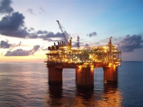 plateforme petrolière